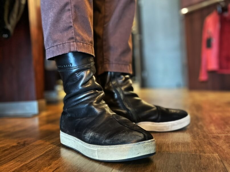 LEATHER HIGH SNEAKER